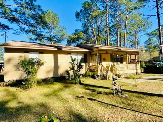 Listing #307094 located in Apalachicola, FL