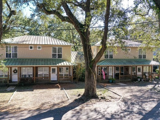 Listing #307272 located in Apalachicola, FL