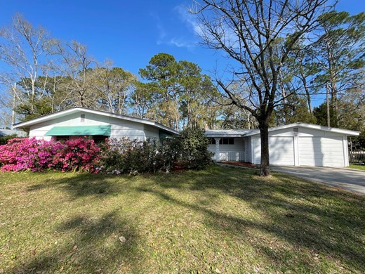 Listing #307369 located in Apalachicola, FL