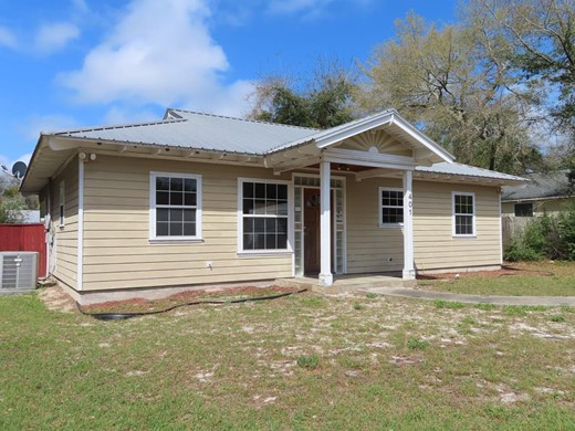 Listing #307541 located in Carrabelle, FL