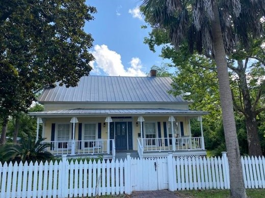 Listing #307539 located in Apalachicola, FL