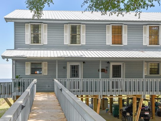 Listing #307681 located in Apalachicola, FL