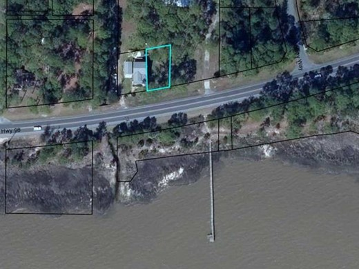Listing #307638 located in Apalachicola, FL
