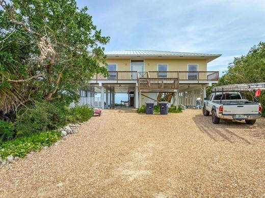 Listing #307639 located in St. George Island, FL