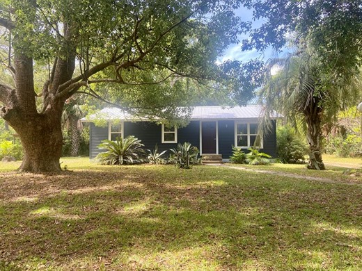 Listing #308088 located in Apalachicola, FL