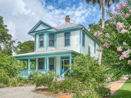 Listing #308449 located in Apalachicola, FL