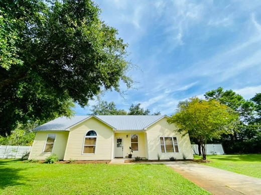 Listing #308559 located in Eastpoint, FL