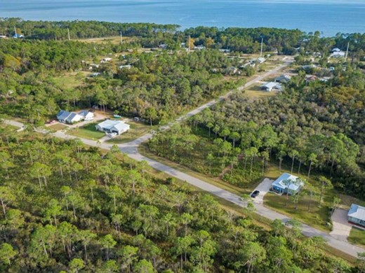 Listing #308567 located in Eastpoint, FL