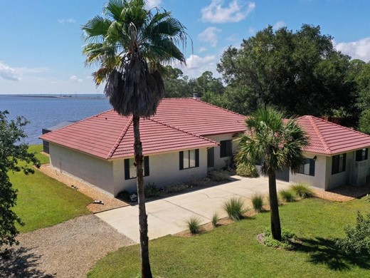 Listing #308968 located in Eastpoint, FL