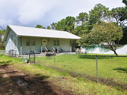 Listing #309048 located in Eastpoint, FL