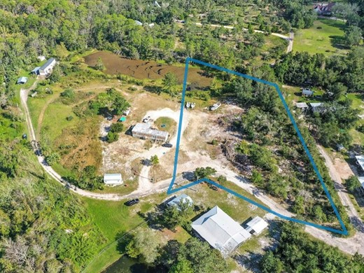 Listing #309263 located in Apalachicola, FL
