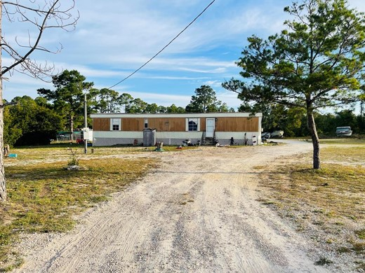 Listing #309264 located in Apalachicola, FL