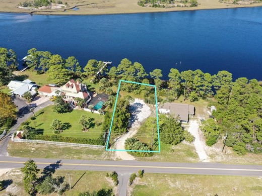 Listing #309278 located in Carrabelle, FL