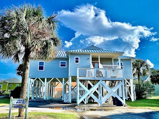 Listing #309286 located in St. George Island, FL