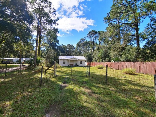 Listing #309219 located in Apalachicola, FL