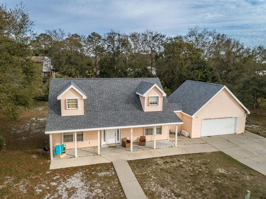 Listing #309303 located in Carrabelle, FL